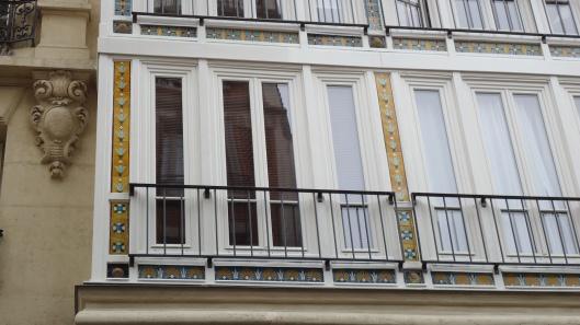 Tiles near Montmartre
